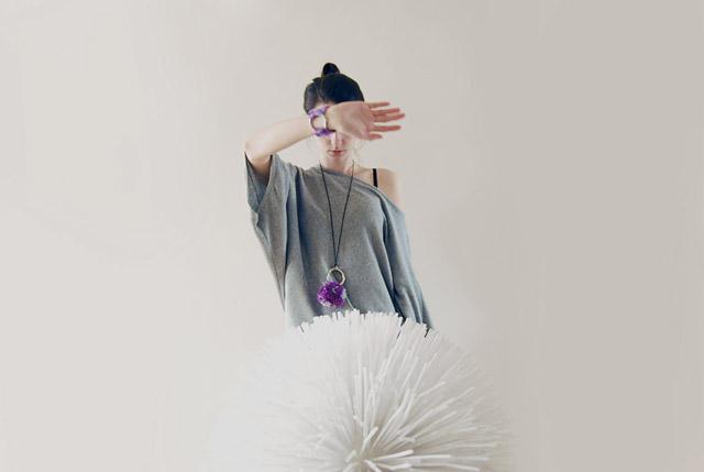 pompom_necklace_purple