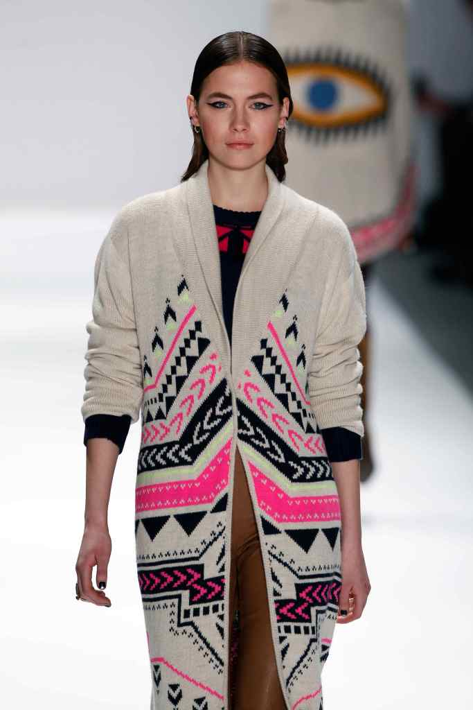 AW13C-MHoffman-016_jpg_rendition_zoomable